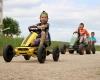 Rennen mit drei Kettcars